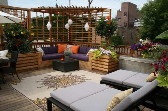 green-outdoor-home-urban-terrace